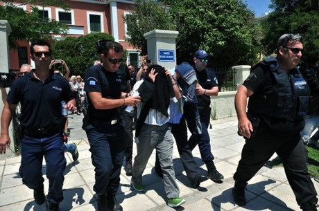 Greek court rules to extradite 3 of 8 Turkish servicemen