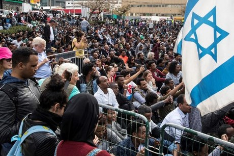 African asylum seekers in Israel go on hunger strike to protest imprisonment