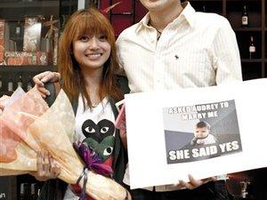 Malaysia Proposal Video Wins Hearts Worldwide