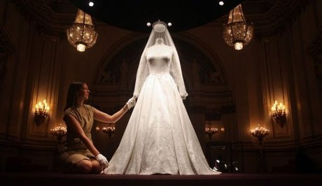Britain S Queen Elizabeth Ii Has Reportedly Described As Creepy A New Exhibition Featuring The Wedding Dress Worn By Former Kate Middleton When She